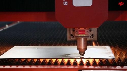 激光切割金属板材