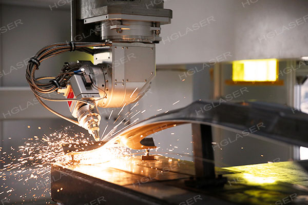 汽车热成型件三维激光切割机