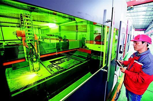 华工激光12000W光纤激光切割机